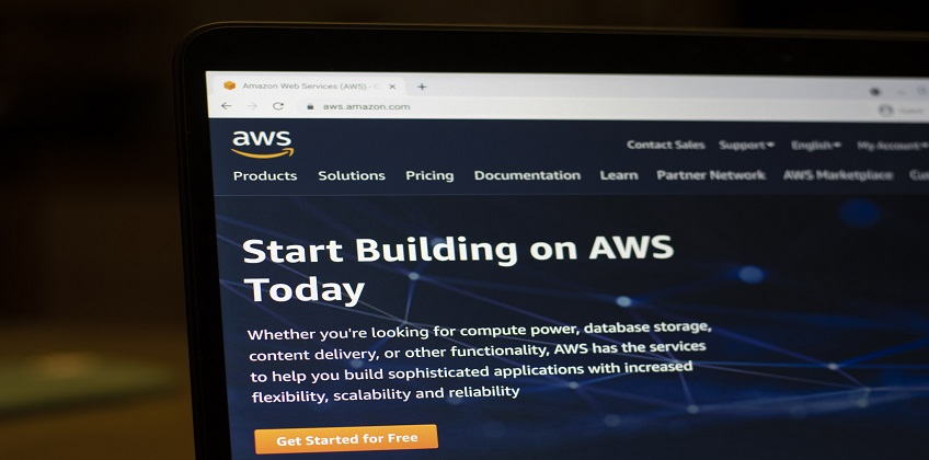 Important Considerations When Choosing an AWS Service Provider in Delhi NCR